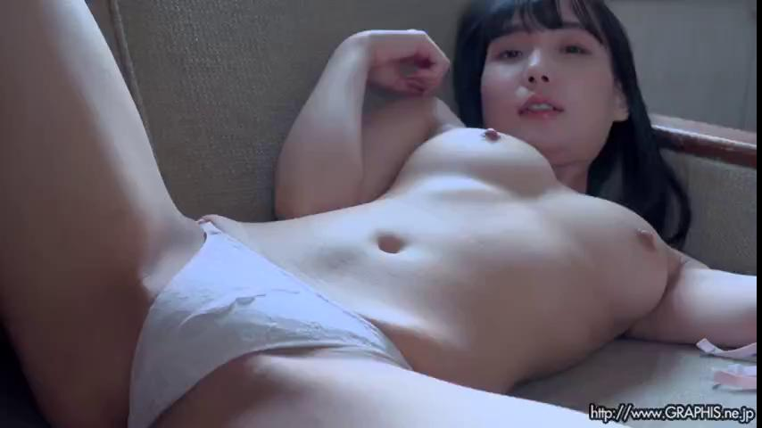 [Graphis] Gals – Mayoi Arisaka 有坂真宵 『 Cute & Sexy 』 MOVIE 02